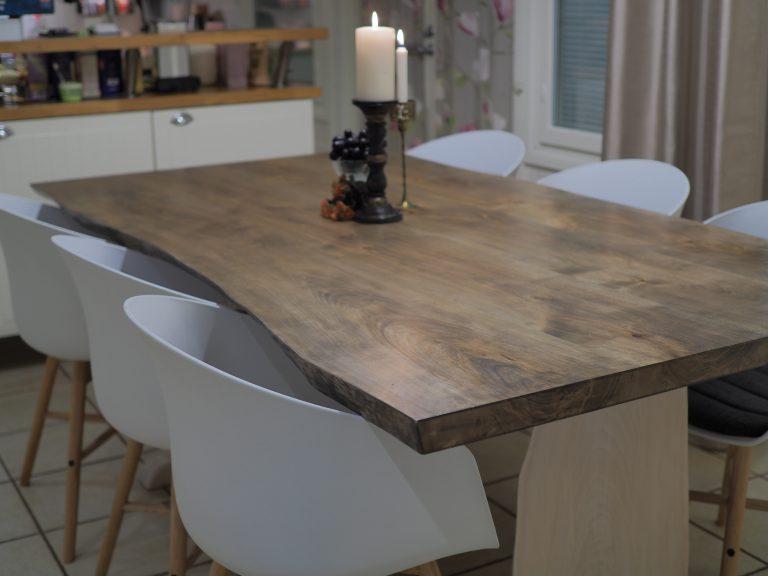 Ruokapöytä (luonnonreunainen) galleria kuva #1