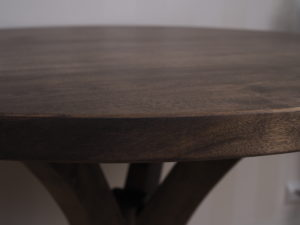 Pyöreä pöytä koivusta galleria kuva #3